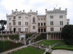 ミラマーレ城